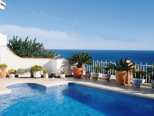 pool-and-sea